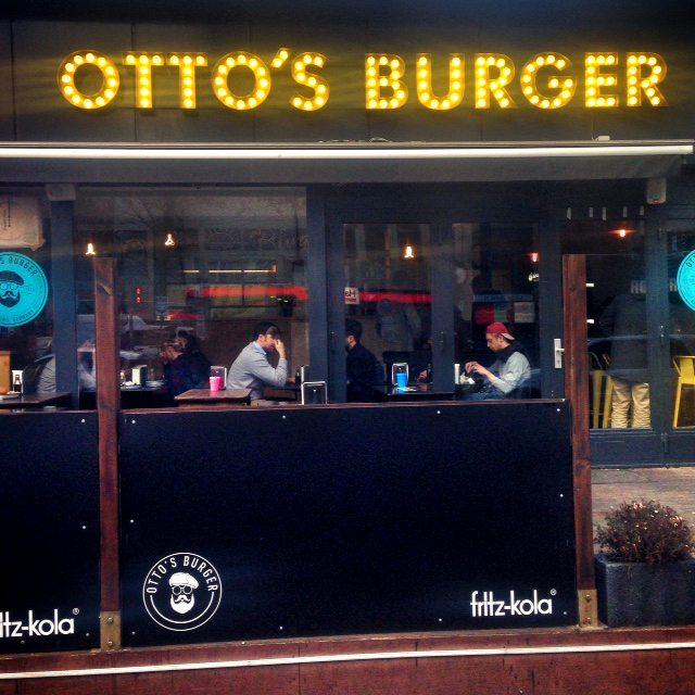 Mahlzeit otto s burger in st georg typisch hamburch for Ottos burger hamburg