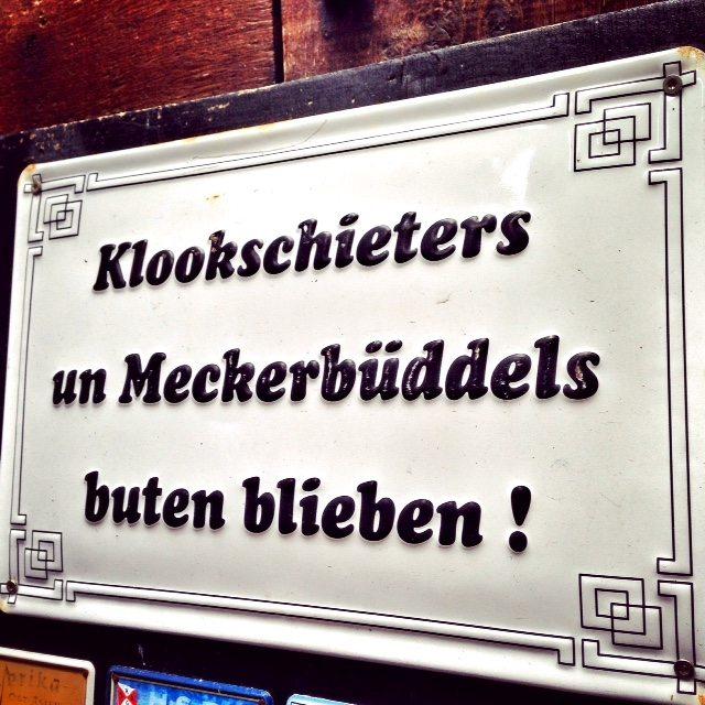 Die alten krameramtsstuben am michel typisch hamburch - Hamburg zitate ...
