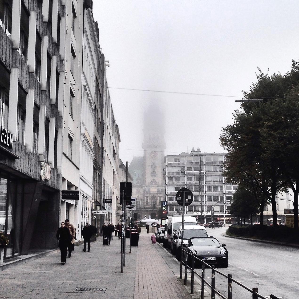 hamburch im nebel