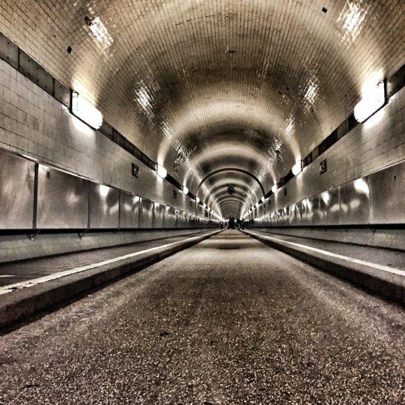 10 spannende Dinge zum Sankt Pauli - Elbtunnel