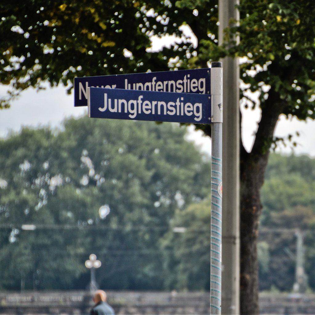 Hamburch - Straßen und ihr Bedeutung 04