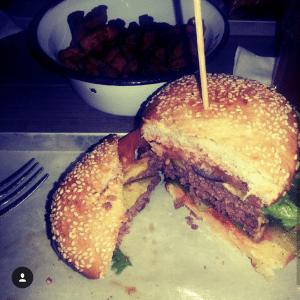 Beef Burger in der Brooklyn Burger Bar