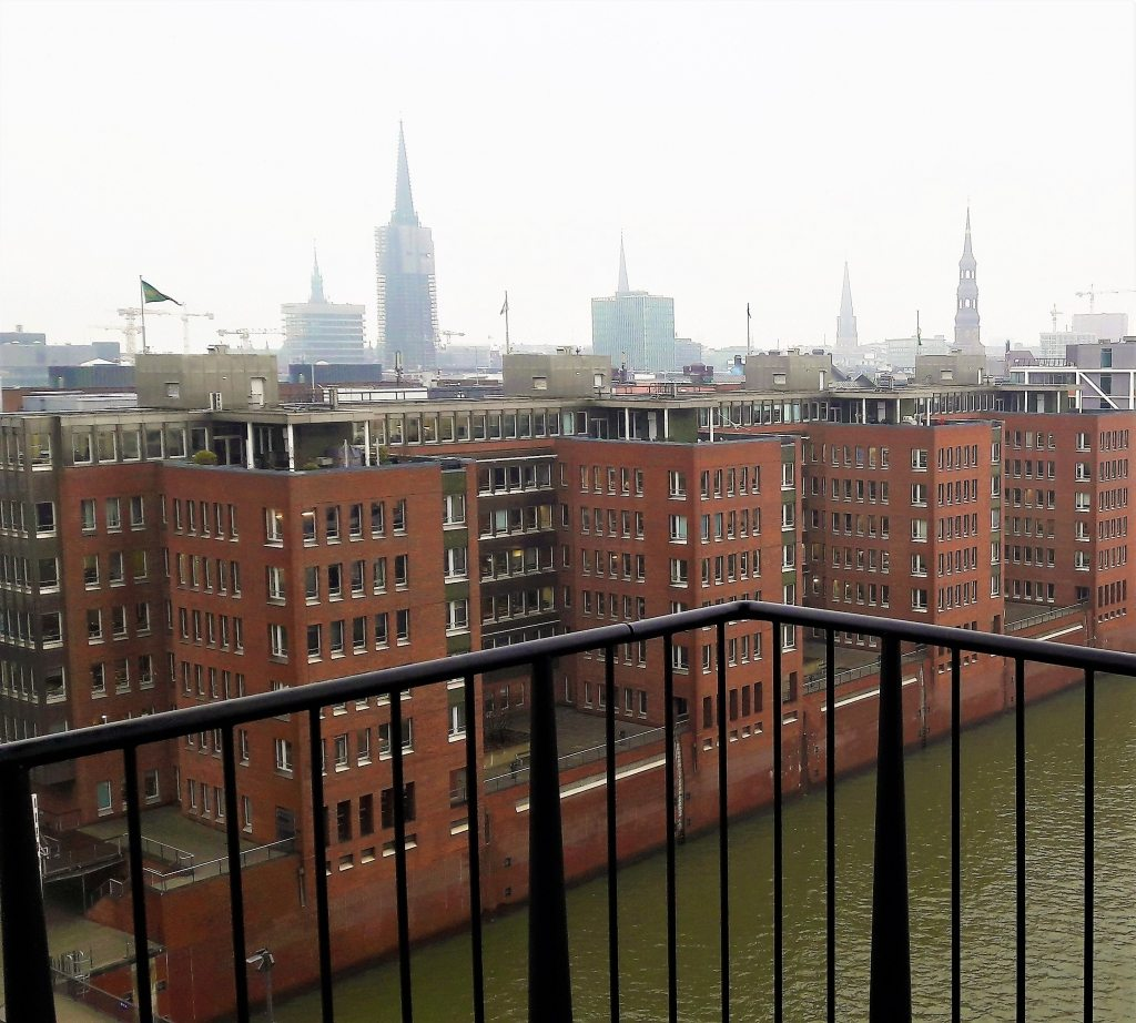 Hamburg City Panorama Elphi Plaza