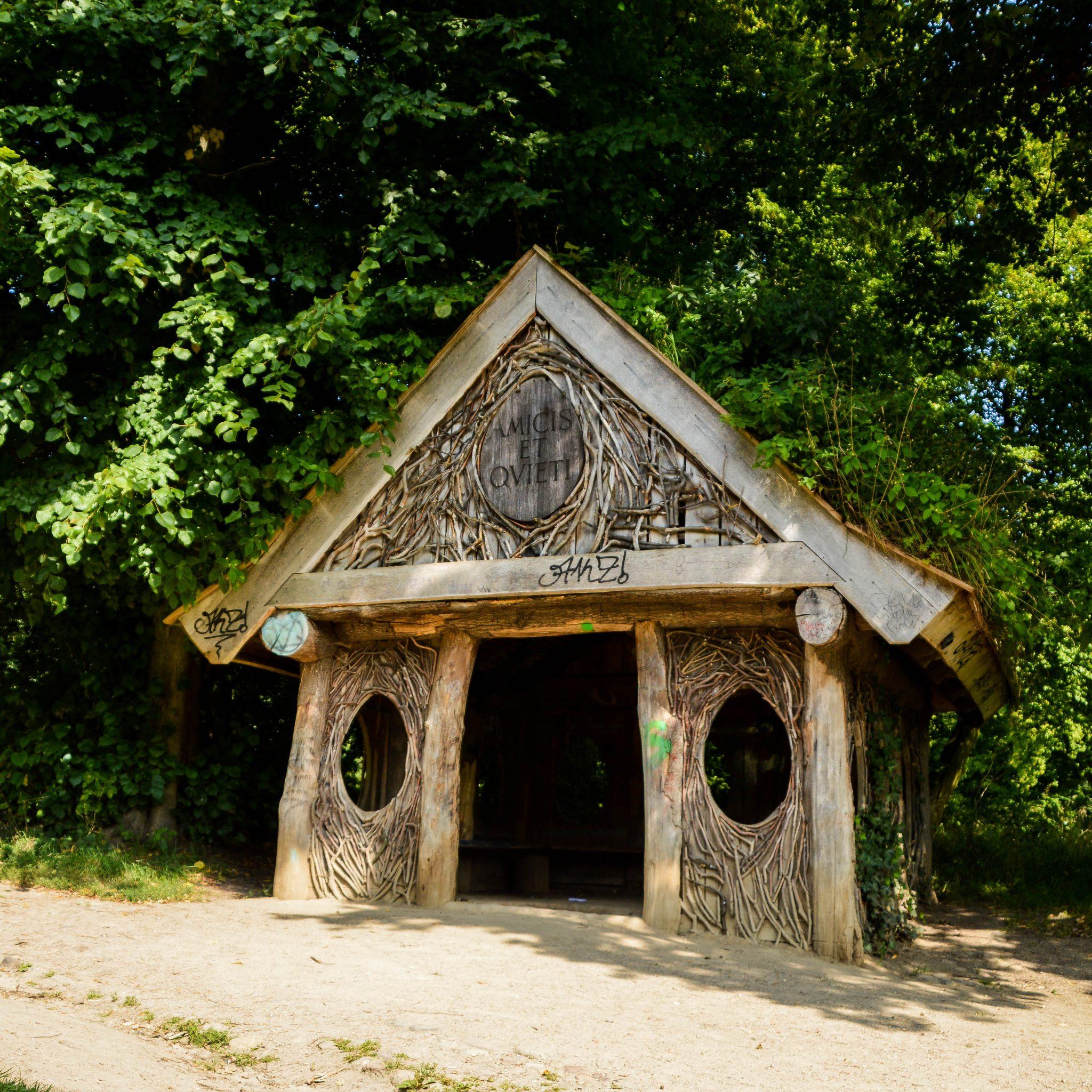 Jenischpark und die Eierhütte