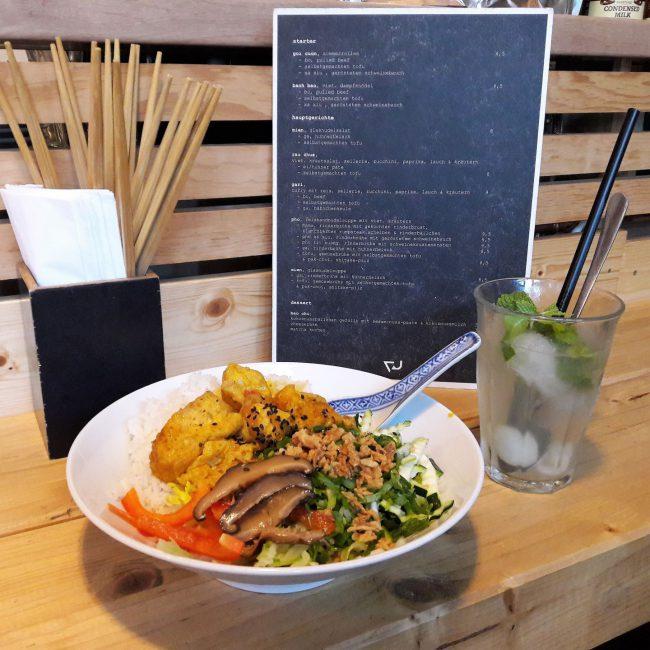 Curry mit hausgemachtem Tofu Restaurant Vu Hamburg
