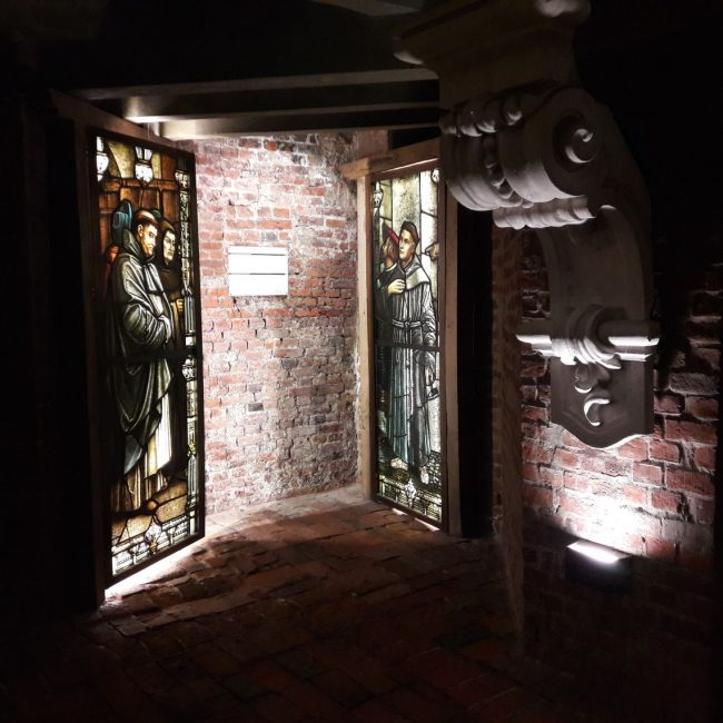 Eingang Krypta St.Michaeliskirche Michel Hamburg