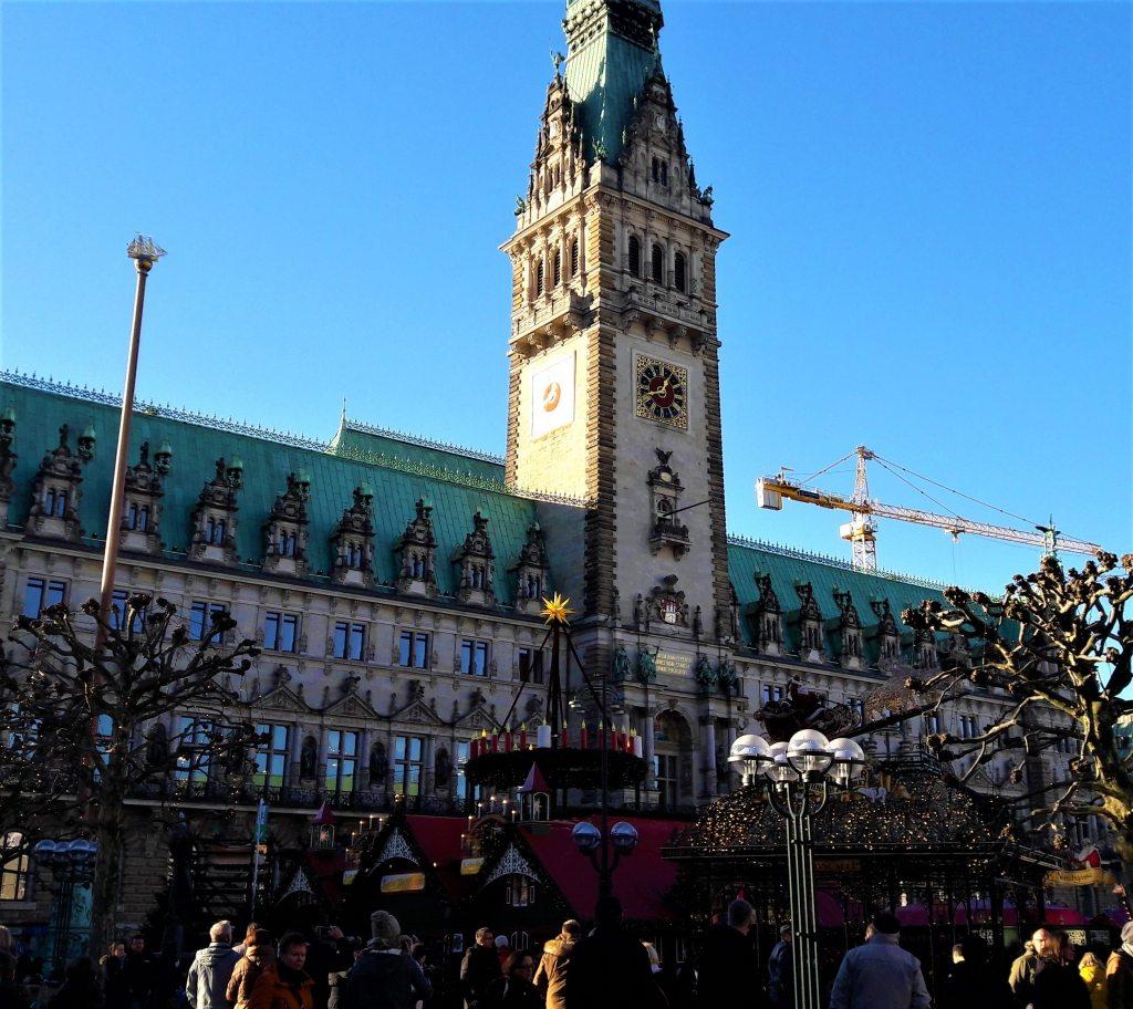 weihnachtsmarkt-rathausmarkt-hamburg