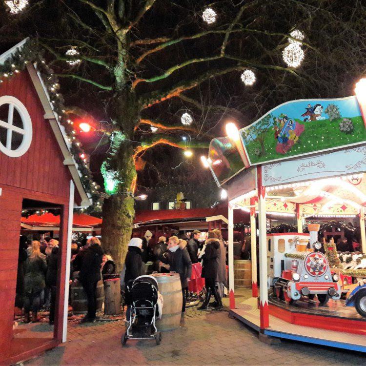 Kinderkarussell Weihnachtsmarkt Osterstraße Hamburg