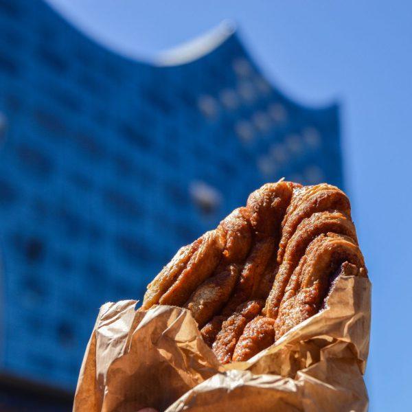 Best of Franzbrötchen- sehr passend auf Platz 1 der top Typisch Hamburch Beiträge