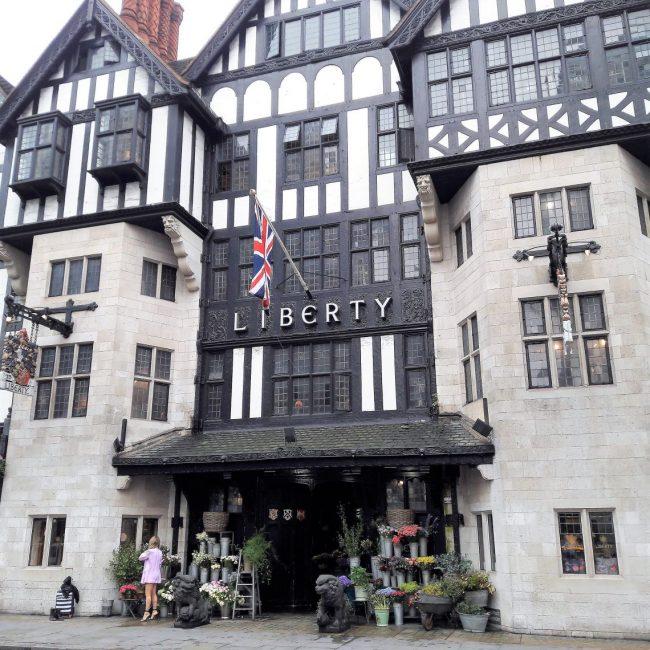 Liberty London vs. Alsterhaus Hamburg