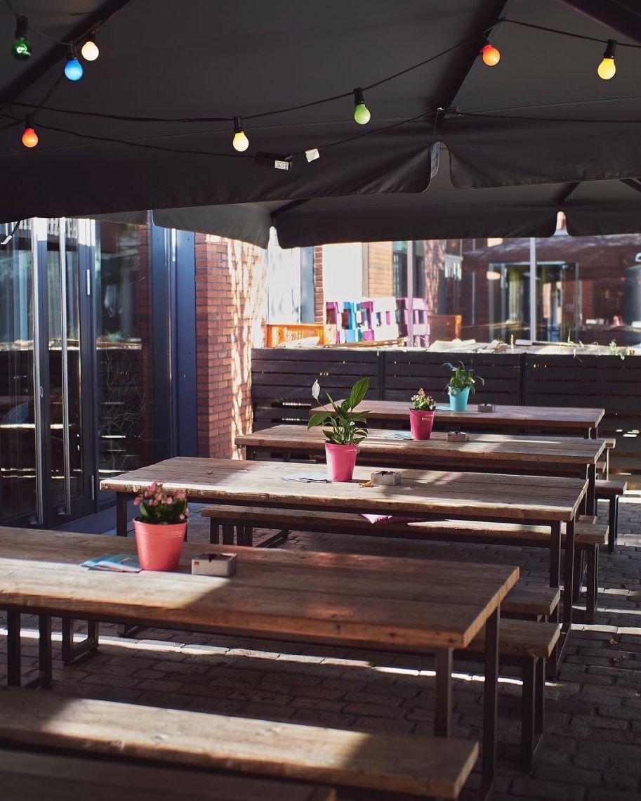 Altes Mädchen - 8 Biergärten in Hamburg, die ihr kennen solltet